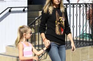 Heidi Klum super lookée pour aller faire suer ses enfants