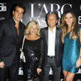 Nicoletta, Kenzo, Cristiana Arcangeli et son mari à la soirée organisée par la Brésilienne pour le lancement de sa nouvelle gamme de cosmétiques à L'Arc à Paris, le 1e octobre 2011