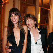 Lou Doillon et Jane Birkin complices aux côtés d'Alexa Chung