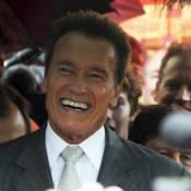 Arnold Schwarzenegger fait découvrir à son fils sa ville natale