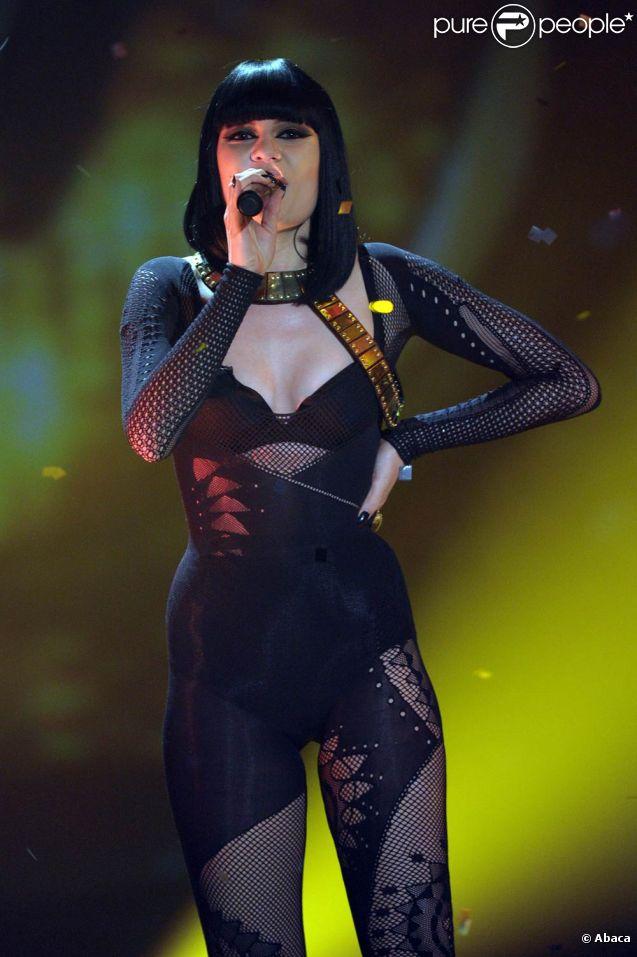 Jessie J participait à l'émission de rentrée du show allemand de la ZDF  Wetten, dass ..., le 8 octobre 2011, où elle a interprété son hit  Price Tag .