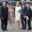 Dans un contexte pourtant peu favorable, le couple royal (Harald et Sonja) et le couple princier (Haakon et Mette-Marit) du royaume de Norvège pourraient voir leur dotation augmenter.