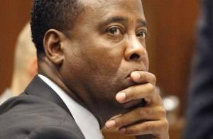 Mort de Michael Jackson, le procès : Le médecin légiste accable Conrad Murray