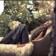 Demi Moore pose pour la collection hiver d'Ann Taylor.