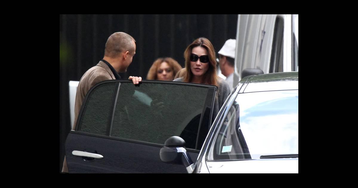 Carla bruni sarkozy escort e paris pour une sortie shopping improvis e le - Magasin natalys paris ...