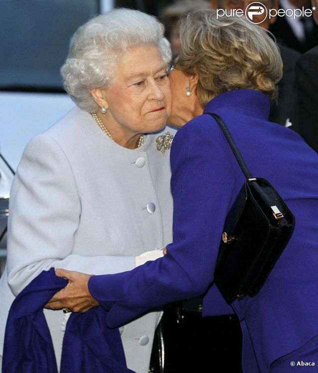 Elizabeth Ii Premi Re Avec Le Roi Constantin Derni Re