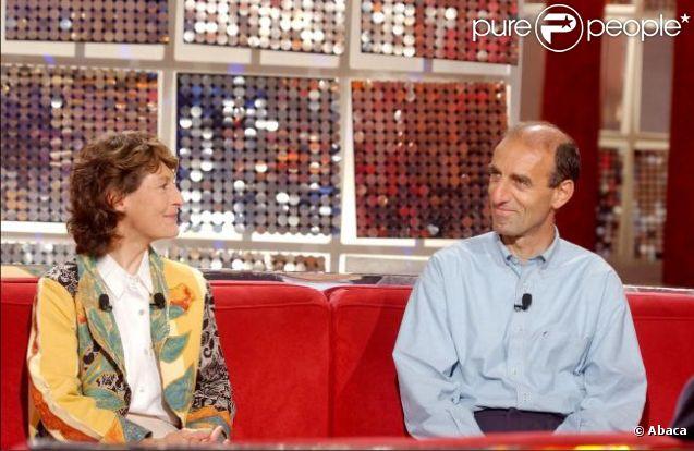 Jeannie Longo et son mari Patrice Ciprelli le 17 mai 2002 sur le plateau de l'émission Vivement Dimanche