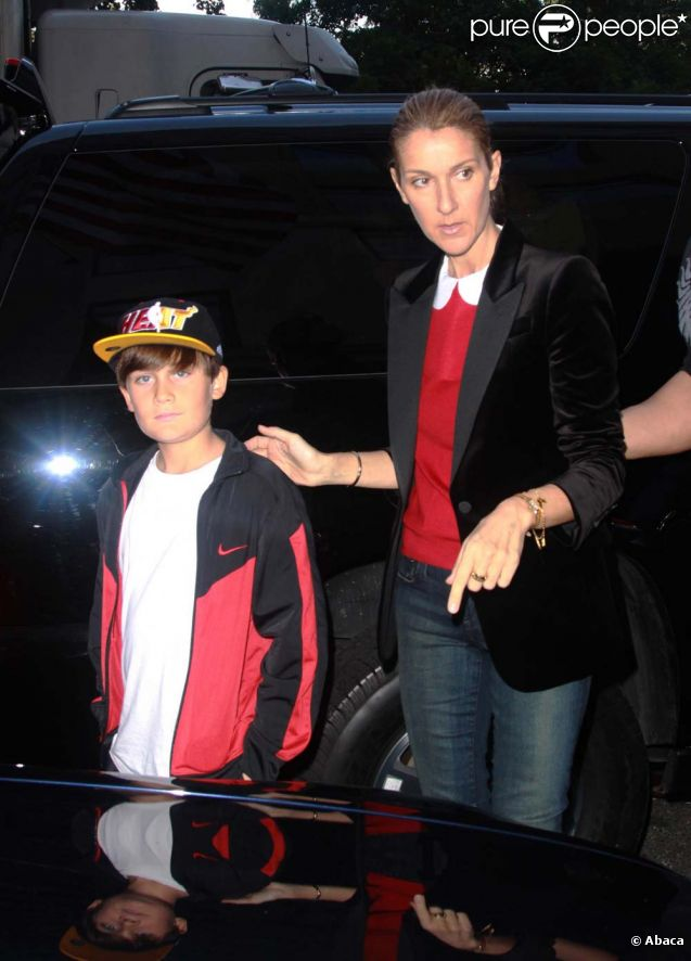 C  233 line Dion et son fils Ren  233 -Charles    224  New York  le 16 septembre    Celine Dion Son