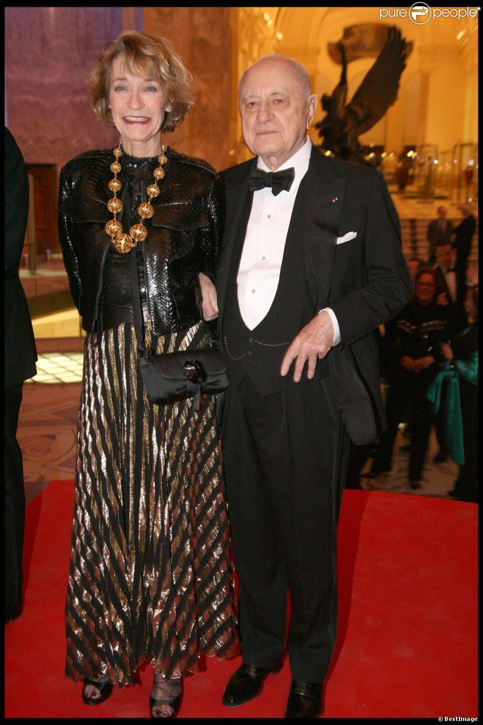 Loulou de la Falaise avec Pierre Bergé en mars 2010 poir ...