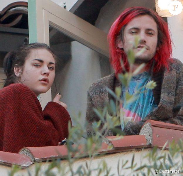 Frances Bean Cobain et son fiancé Isaiah Silva à Los Angeles le 6 novembre 2011