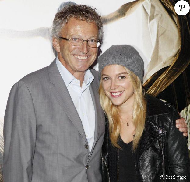 Nelson Monfort et sa fille Victoria à l'avant-première de Rhum Express, le mardi 8 novembre 2011, à Paris.
