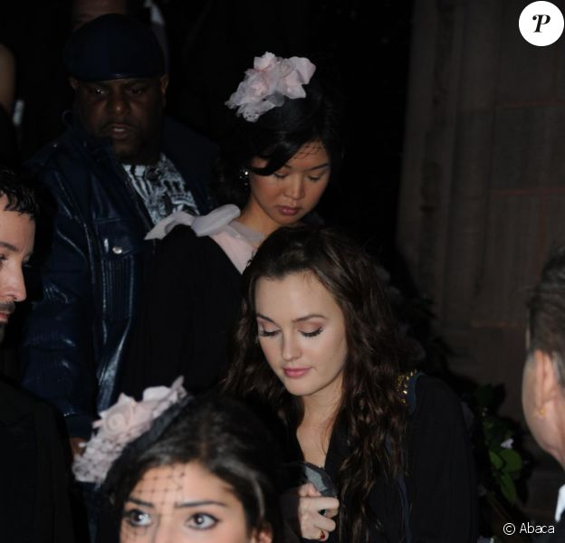 Leighton Meester sur le tournage de Gossip Girl  dans les rues de New York le 10 novembre 2011