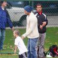 Entraînement terminé pour David Beckham et son fils Cruz le 12 novembre 2011 à Los Angeles