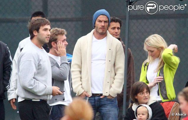 David Beckham, dubitatif quant aux performances de son fils Cruz le 12 novembre 2011 à Los Angeles