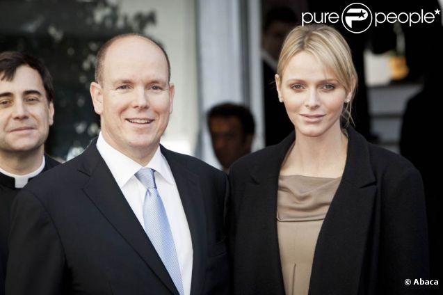 Albert et Charlene de Monaco lors du centenaire de la paroisse Saint-Martin, à Monaco, le 13 novembre 2011.
