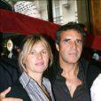 Julien Clerc en novembre 2003 avec son épouse de l'époque Virginie