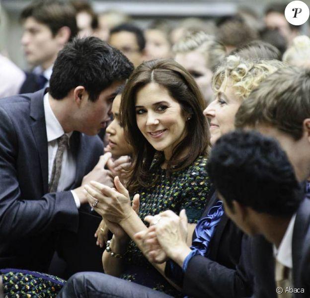 La princesse Mary de Danemark inaugurait le 16 novembre 2011 à Copenhague l'EGMUN, simulation estudiantine d'un conseil de l'ONU.