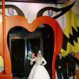 Lady Gaga inaugure la vitrine de Noël de la boutique Barney's à New York le 21 novembre 2011