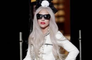 Lady Gaga : En mariée décalée ou en robe à la fente indécente, elle est divine