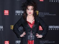 Helena Bonham Carter, excentrique, s'impose face à des couples respirant l'amour
