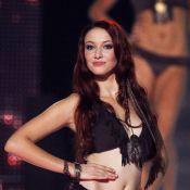 Miss France 2012 : Delphine Wespiser, envoûtante en princesse, sexy en bikini