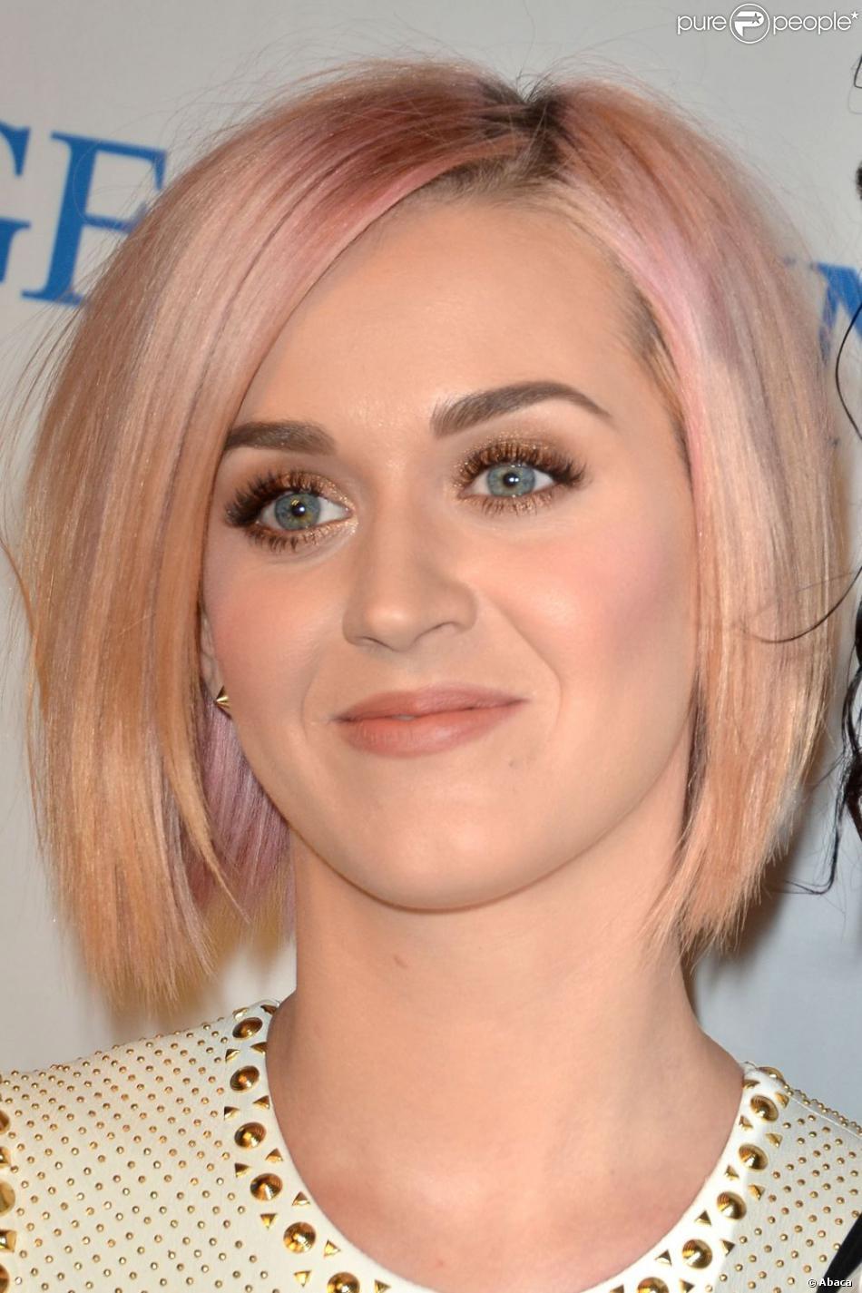 Fabuleux Katy Perry aime les transformations capillaires : dernière en date  ND42