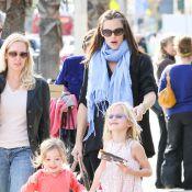 Jennifer Garner, enceinte : moment acrobatique et girly avec Violet et Seraphina