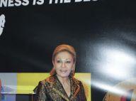 L'impératrice Farah Diba fascinée par l'or et l'argent d'un créateur de génie