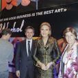 Jack Lang, Christophe Beaux et Farah Diba au lancement de la collection Andy Warhol de la Monnaie de Paris, au Centre Georges Pompidou à Paris, le 8 décembre 2011.