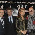 Christophe Beaux, Jack Lang, Farah Diba et Christian Lacroix au lancement de la collection Andy Warhol de la Monnaie de Paris, au Centre Georges Pompidou à Paris, le 8 décembre 2011.