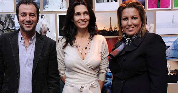lara fabian bernard montiel et jennifer boccara directrice de l 39 h tel de sers pour la remise. Black Bedroom Furniture Sets. Home Design Ideas