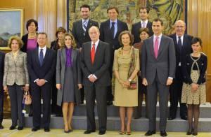 Letizia d'Espagne met de la couleur dans le quotidien du roi Juan Carlos