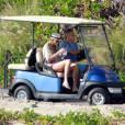 George Clooney et sa chérie Stacy Keibler en vacances à Cabo San Lucas au Mexique le 20 décembre 2011