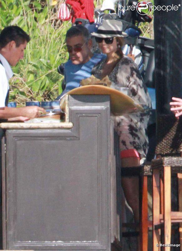 George Clooney et Stacy Keibler en vacances à Cabo San Lucas au Mexique le 20 décembre 2011