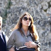 Carla Bruni-Sarkozy rongée par l'inquiétude...