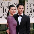 Julianna Margulies et Keith Lieberthal aux Golden Globes, le 15 janvier 2012 à Los Angeles.