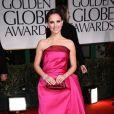Natalie Portman aux Golden Globes, le 15 janvier 2012 à Los Angeles.
