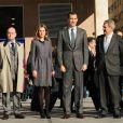 Letizia et Felipe d'Espagne visitent l'expo itinérante des 75 ans de la RNE, à Madrid le 19 janvier 2012.