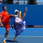 Open d'Australie: Tsonga danse, Berdych est hué et les Français sont éliminés