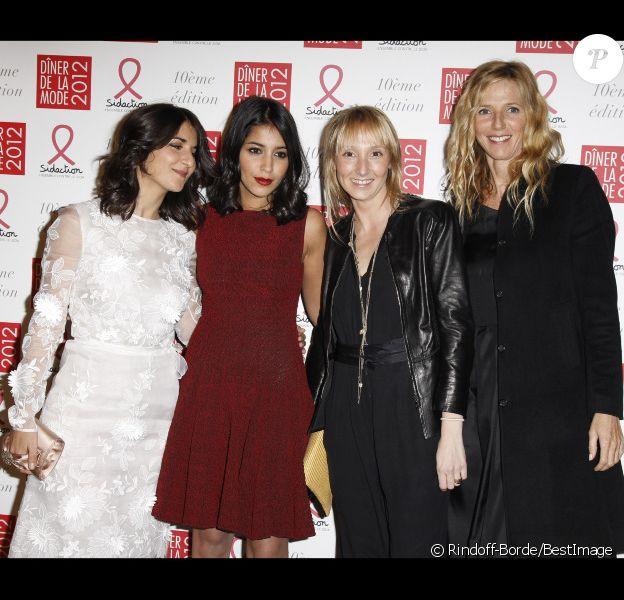 Géraldine Nakache, Leïla Bekhti, Audrey Lamy et Sandrine Kiberlain au Dîner de la mode en faveur du Sidaction, au Pavillon d'Armenonville à Paris, le 26 janvier 2012.