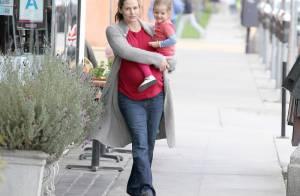 Jennifer Garner, enceinte : Fatiguée, elle ne se ménage pas pour ses filles