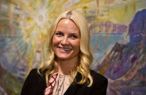 Princesse Mette-Marit : Un large sourire et un oeil expert pour l'expo Munch