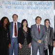 L'équipe de Plus Belle La vie et Eric Besson lors du lancement de Plus Belle La Vie numérique, à Paris, le 15 février 2012