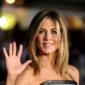 Jennifer Aniston brille sous les flashs et snobe royalement son Justin Theroux