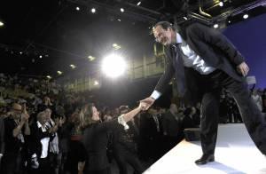 Carla Bruni contente de Nicolas Sarkozy candidat : ''Je le soutiens à 100%''