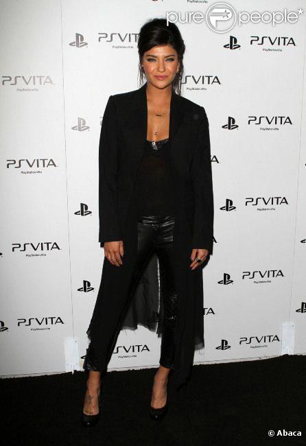 Jessica Szohr le 15 février 2012 pour le lancement de la PS Vita à Hollywood