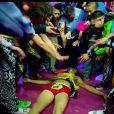 Et ça finit à l'hôpital...   LMFAO fait des excès de ''party rock'' dans le clip de  Sorry for Party Rocking  (février 2012), single-titre de son second album.