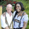 Le prince Carl Alexander de Hohenzollern, alias le prince Gaga, 41 ans, a épousé en février 2012 Corinna, 21 ans, avec la bénédiction de son père adoptif le prince Frédéric von Anhalt, mari de Zsa Zsa Gabor. Les jeunes mariés et leur témoin ont pris la pose le 23 février 2012 dans la propriété de Frédéric et Zsa Zsa à Bel Air, Los Angeles.
