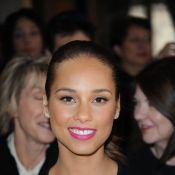 Alicia Keys et Salma Hayek : deux beautés renversantes à la Mairie de Paris