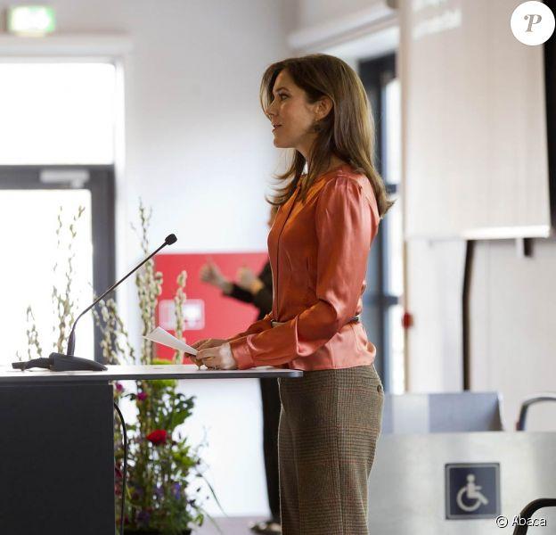 La princesse Mary de Danemark inaugurait le 5 mars 2012 au matin la Conférence européenne de Copenhague sur le Handicap.
